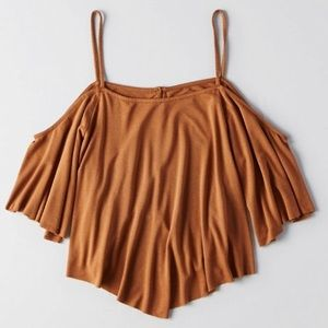 AE soft & sexy off the shoulder top